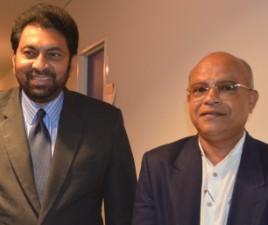 特命全権大使:ワサンタ・クマール・ジャヤデーワ・カランナーゴダ 閣下と共に